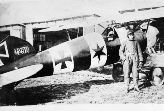 Bruno Loerzer was commander of Jagdstaffel 26 in early 1918. He finished the War with 20 aircraft shot down and this photo shows him beside his Albatros D.V. Image from the K. L. Caldwell personal album collection.