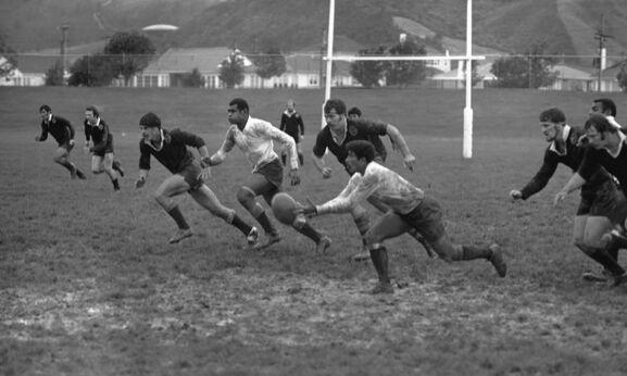 Rugby_PR1972-R1-2-77_web