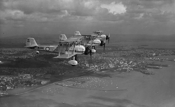 Three RNZAF Vildebeests in formation over Auckland, circa 1940. NZ102 is in the middle. Image: MUS9503917 From the Alwyn Palmer collection, Air Force Museum of New Zealand.