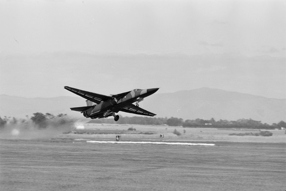 RAAF F-111 A8-142, taking off for a flying display at Air Force Day '81, Ohakea. Image ref OhG522-81, RNZAF Official.